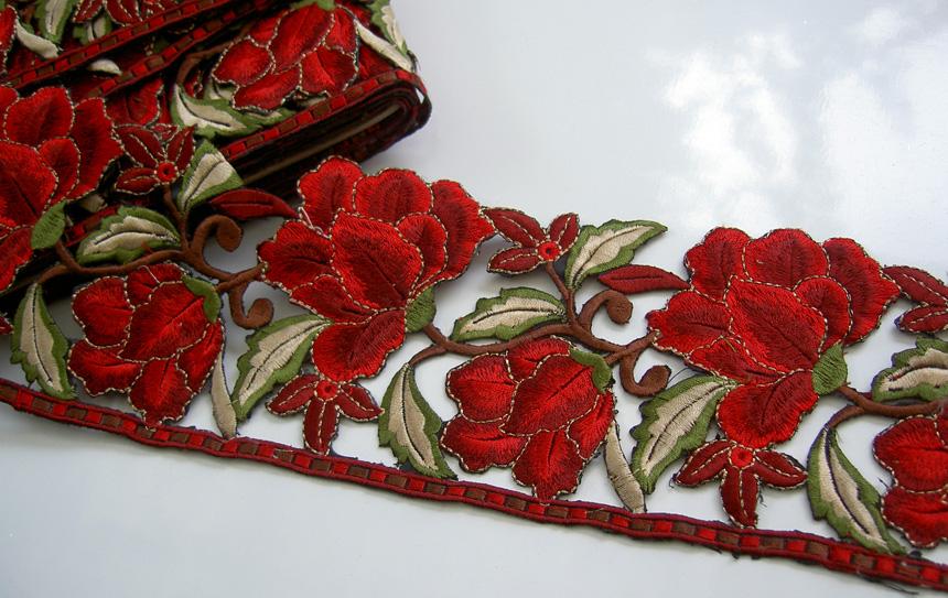 Pink Magenta Flower Cotton Silk 0.5y EMBROIDERED LACE TRIM VERY WIDE 11cm